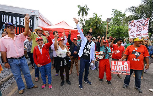 Organização estima que 40 mil pessoas circularam pela vigília nos últimos seis meses - Créditos: Juca Varella