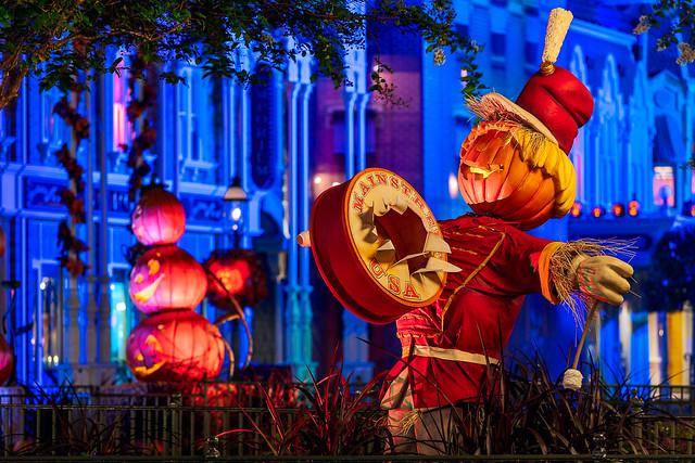 Main Street Pumpkin Band, Nikon D7500, Sigma 70-300mm F4-5.6 DG OS