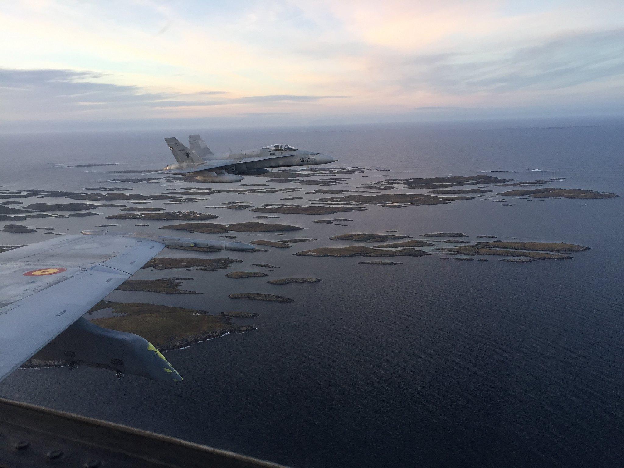 F-18 sobre la costa noruega
