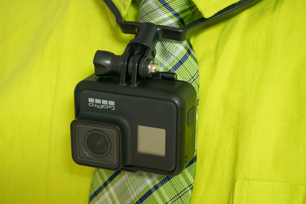 GoPro_neck_holder-7