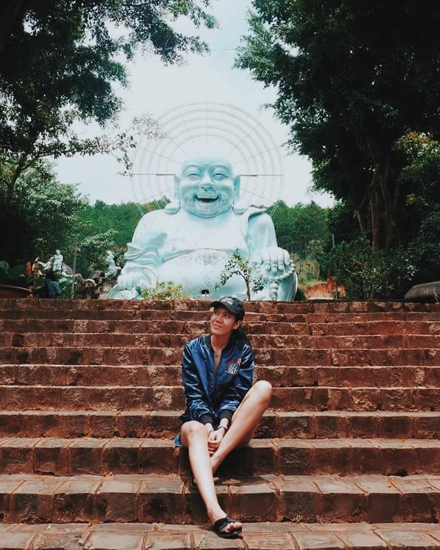 happy budhha da lat vietnam