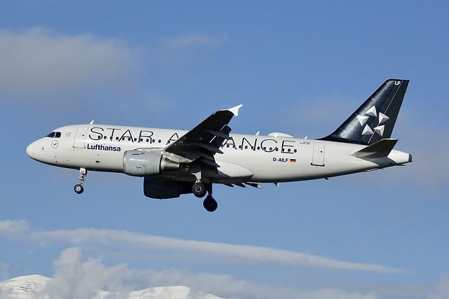 D-AILF A319-100 Lufthansa Star, Sony DSC-RX10M3, Sony 24-600mm F2.4-4.0