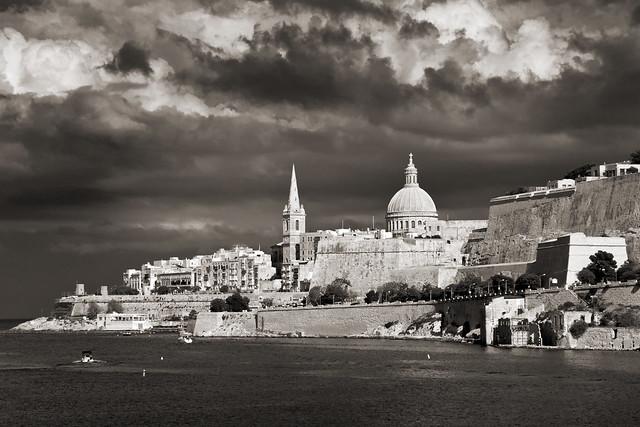 Valletta, Nikon D3100, AF VR Zoom-Nikkor 80-400mm f/4.5-5.6D ED