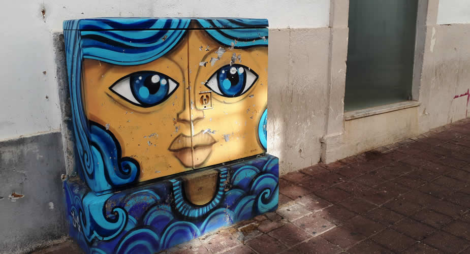 Street art in Faro, Portugal | Mooistestedentrips.nl