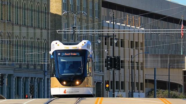 Hop #03 westbound on the St Paul Avenue Bridge