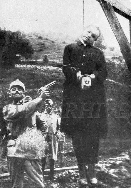 """Transilvania în stadiul terminal al făuririi lui """"homo ardelensis"""" (anul 1916). Preot român spânzurat de armata austro-ungară"""
