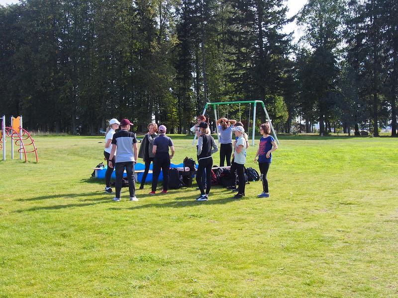 Młodzi adepci na polu golfowym
