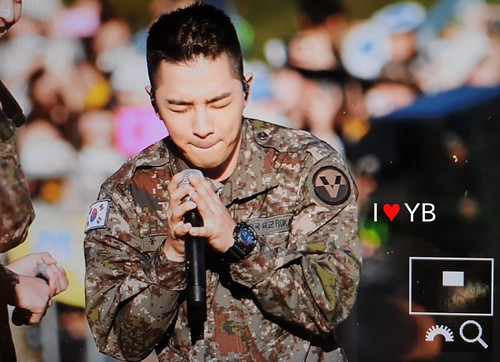 Taeyang Daesung Ground Forces Festival Korea 2018-10-08 (4)