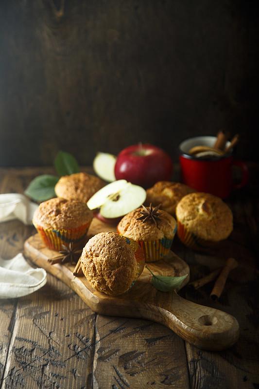 Яблочные кексы с пряностями