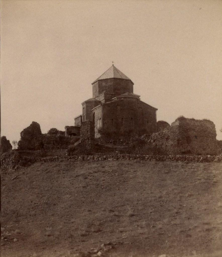 Развалины церкви во имя Пресвятого Креста