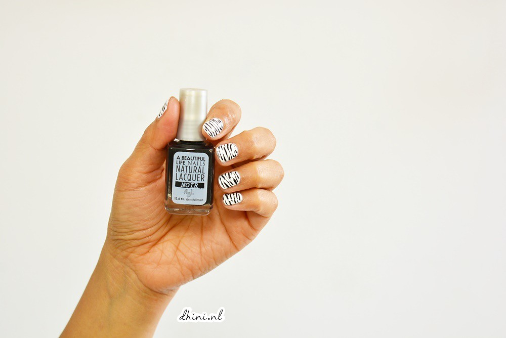 Mani monday : Black White #3