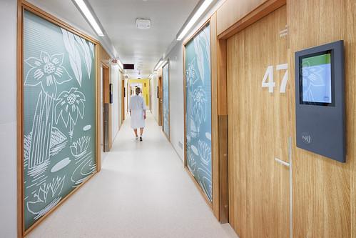 _MS_9147_HDR_就診區的走廊