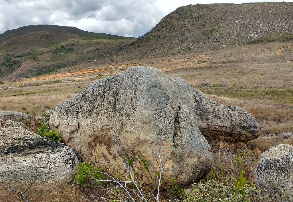 Sept-26_Stones_with_Faces_3
