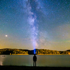 Gazing at the stars at Pannecière lake 2