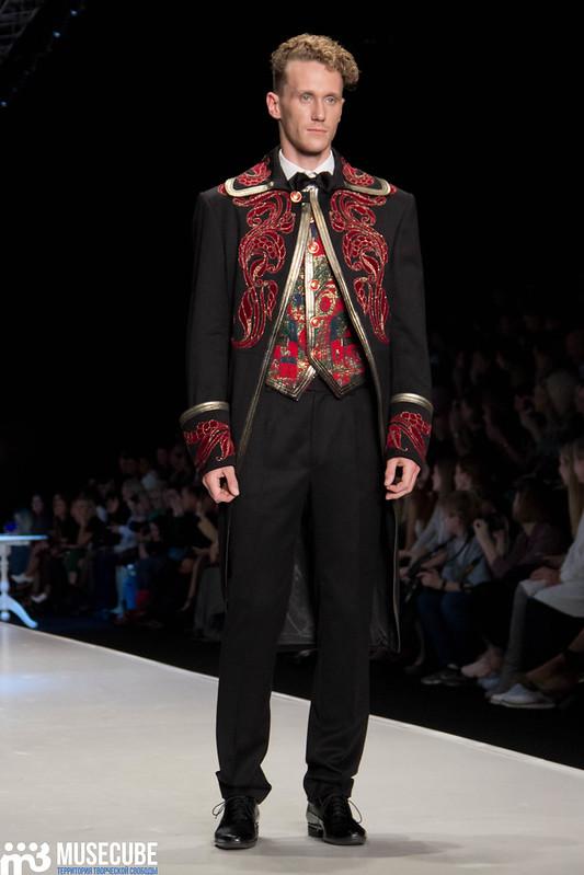 mercedes_benz_fashion_week_slava_zaitsev_nasledie_081