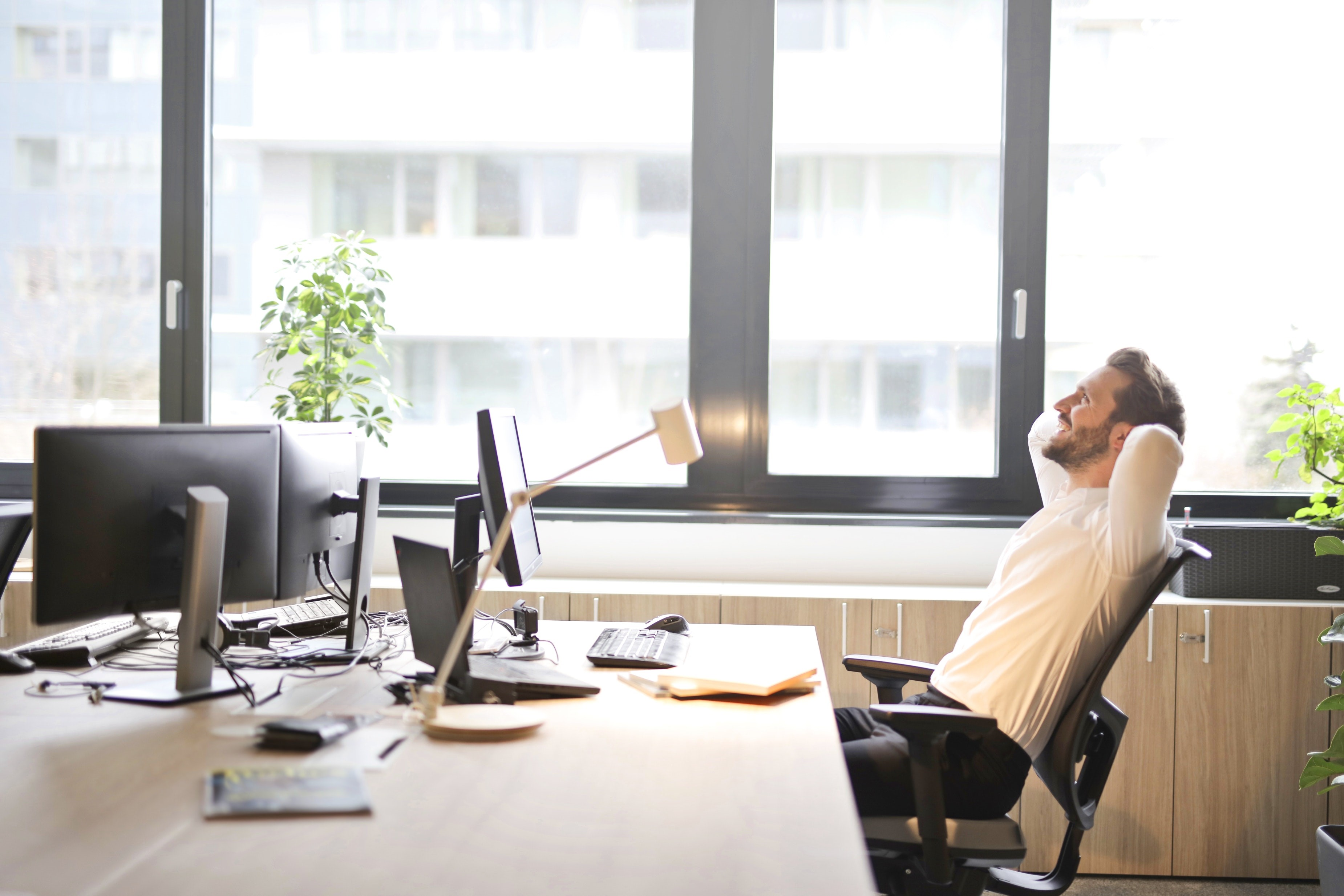 Ergonomic Features That Make Sleeping in an Office Chair Possible and Comfortable
