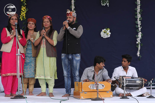 Devotional song by Kuldeep Sharma and Saathi from Shimla HP