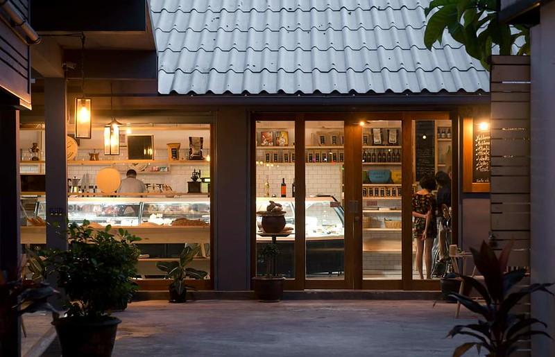 Bangkok Market Grocery Restaurant