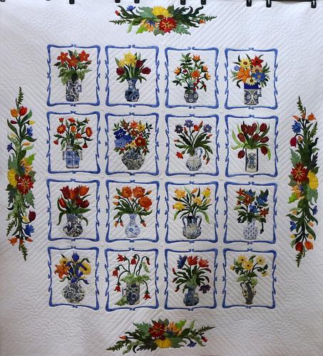 116: Vases - Della Carian
