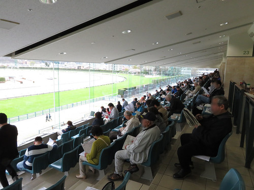 福島競馬場の3階一般席