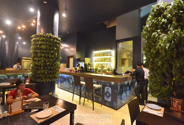 city garden hotel makati encima roofdeck restaurant