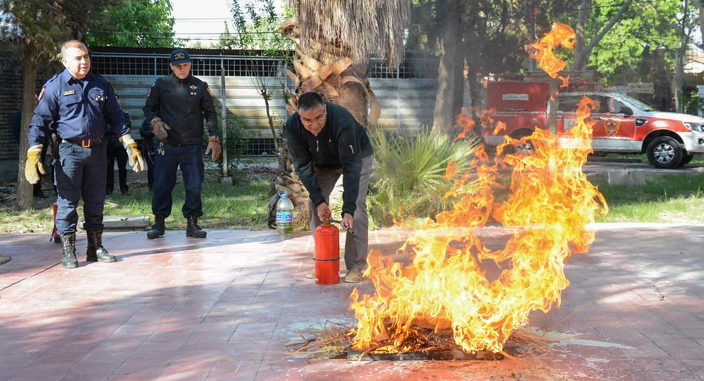 2018-10-11 PRENSA: Curso de Manejo de Extintores