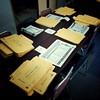 Photo:障害者福祉作業所で行ってた投開票日が10/28の2018年第21回福島県知事選挙の候補者4人の載った選挙公報折り込み封筒封入作業、1日目でもう少しで終わりそう。大人の発達障害の自閉症スペクトラムASDで就労継続支援B型事業所通所中。今回の選挙は選挙公報が1枚のみだったので比較的スムーズに作業が進む。 By Atsushi Boulder