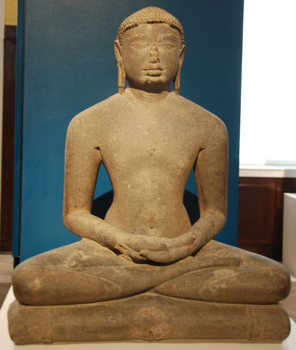 152 DSC_4367 StoneSculptureTirthankaraChandraprabhuJainCommunityDeccanIndia