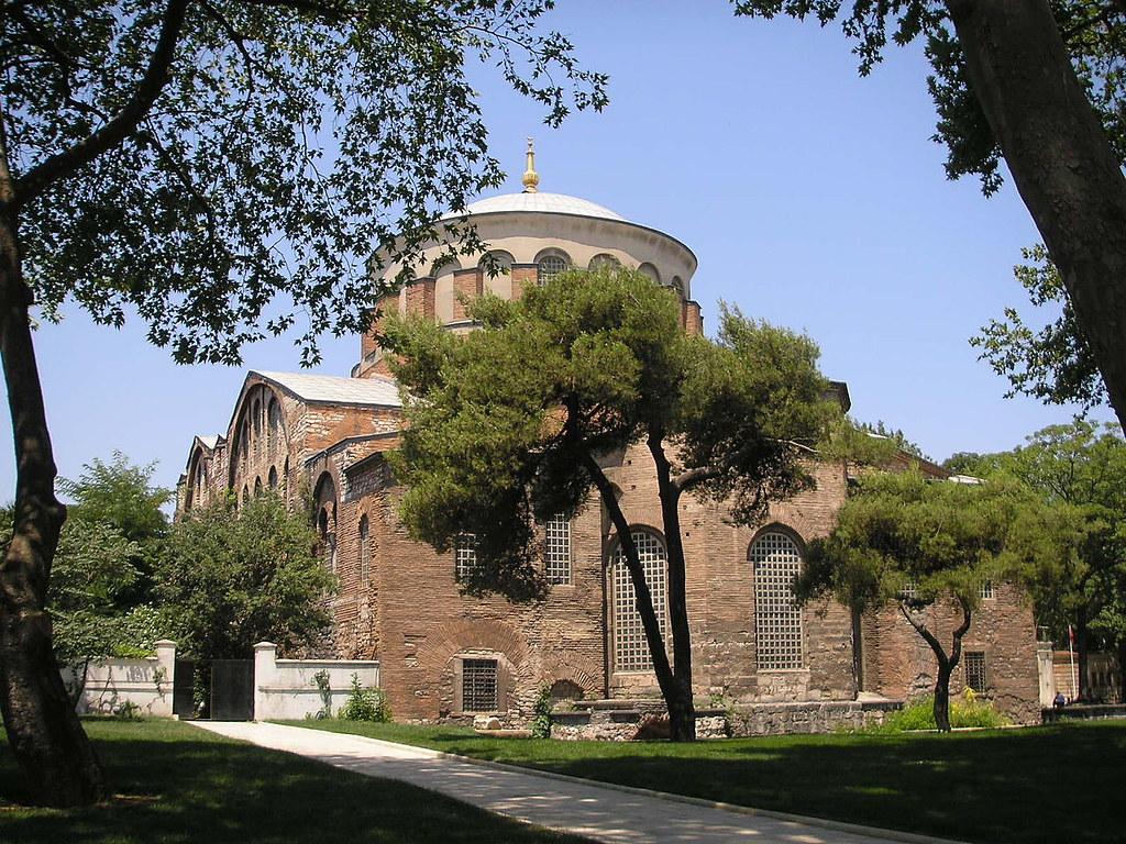 1280px-Hagia_Eirene_Constantinople_July_2007_001