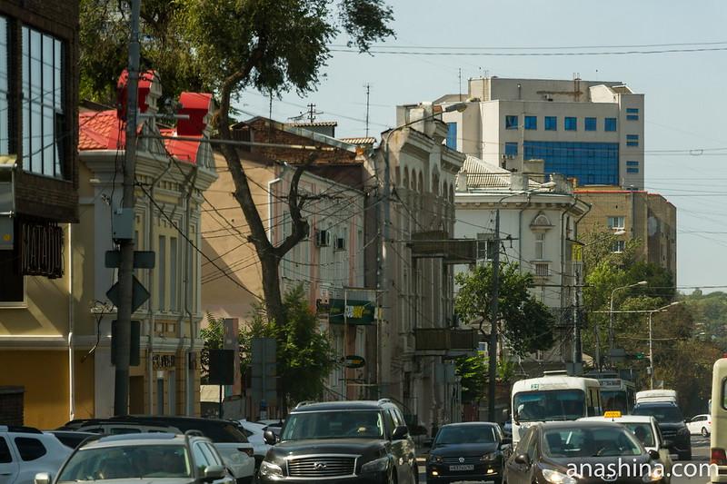Одна из центральных улиц Ростова-на-Дону
