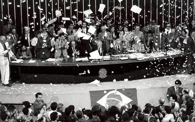Somente a partir de 5 de outubro de 1988 a Saúde passou a ser assegurada pela Constituição como direito universal - Créditos: Foto: Arquivo Agência Senado