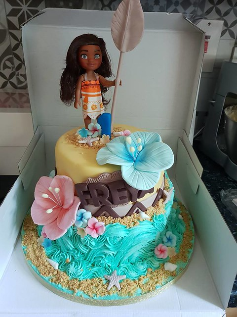 Cake by Red Alley Cakes