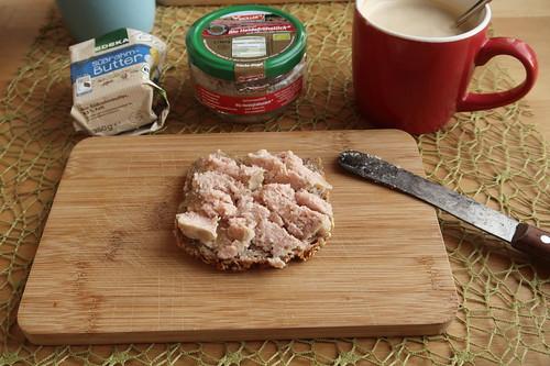 Dinkelvollkornbrot mit Bio Heidefrühstück