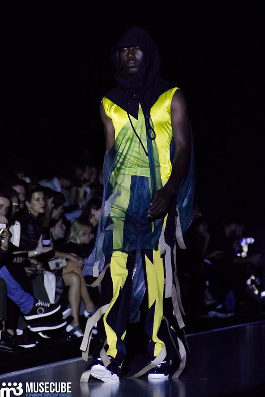 mercedes_benz_fashion_week_pirosmani_056