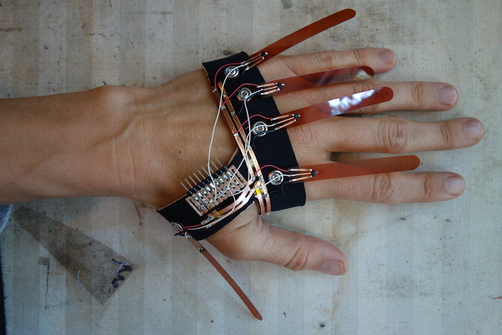 Glovesless dataglove
