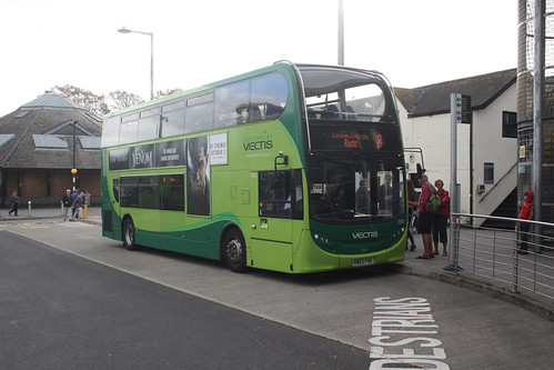 Go South Coast 1592 HW63FHO