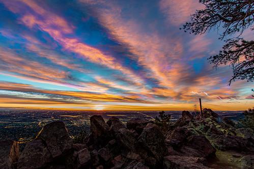 red sunrise boulder colorado night longexposure cityscape denver morning lightrails