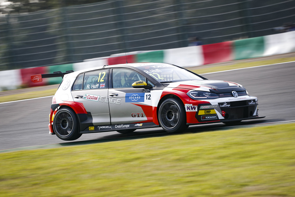 12 HUFF Rob, (gbr), Volkswagen Golf GTI TCR team Sebastien Loeb Racing, action during the 2018 FIA WTCR World Touring Car cup of Japan, at Suzuka from october 26 to 28 - Photo Clement Marin / DPPI