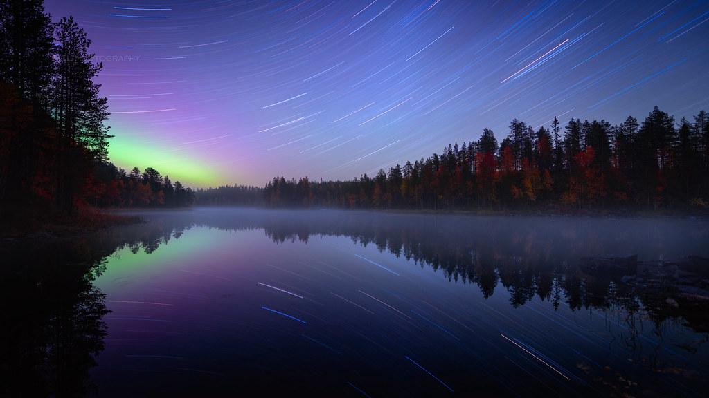 Autumn night in River Kitkajoki