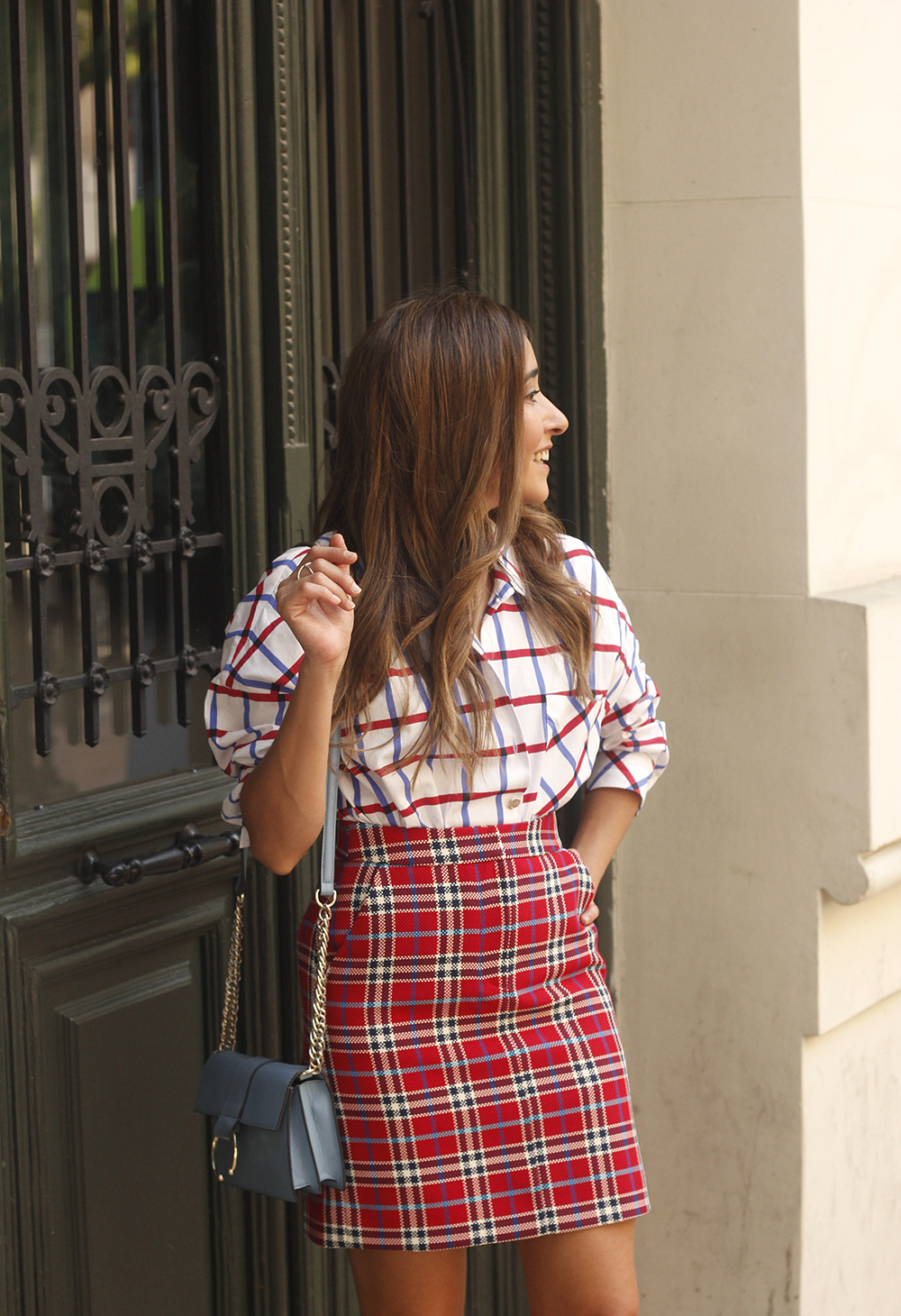 check skirt check shirt converse autumn outfit street style 201808