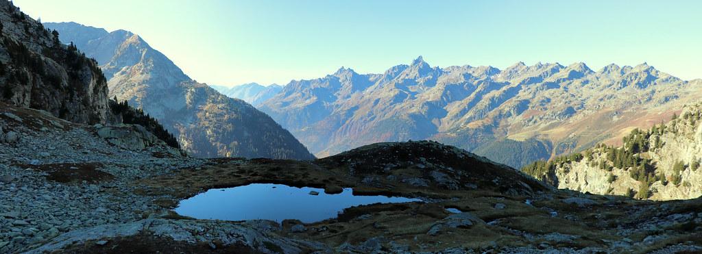 Panoramique 1er petit lac des 7 Laux