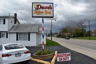 Dave's Barber Shop, North Chicago
