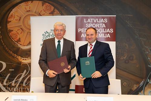 RTU un LSPA paraksta sadarbības līgumu