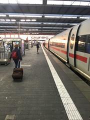 02 - ICE am Bahnhof München