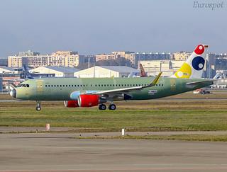 F-WWDQ Airbus A320 Viva Air