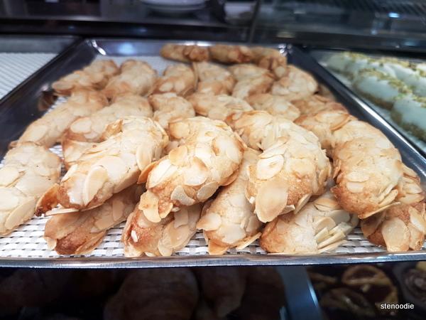 La Pasticceria Siciliana almond pastries