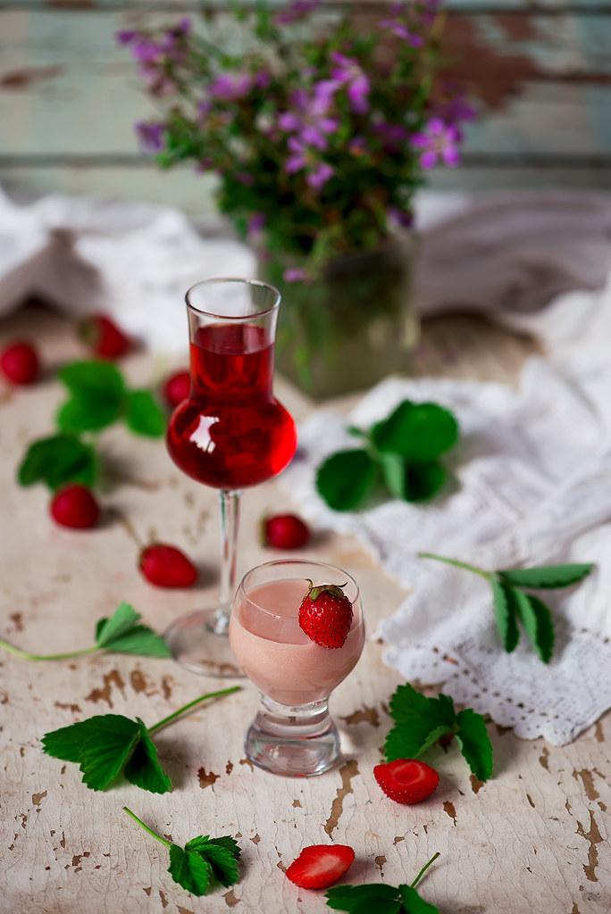 strawberry cream liqueur.1 copy