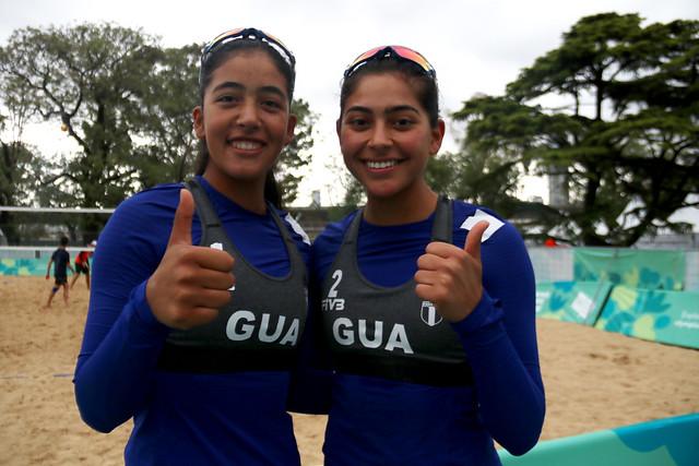 Equipo de voleibol playa vence a Egipto en Buenos Aires 2018