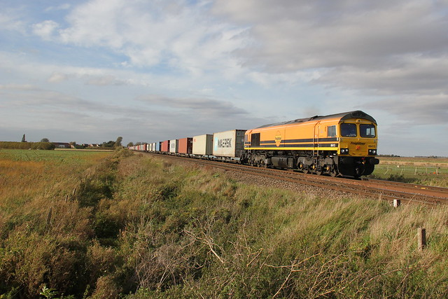 Class 66 66413, Canon EOS 550D, Canon EF-S 18-135mm f/3.5-5.6 IS