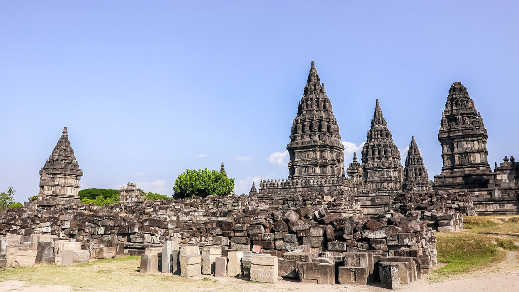 prambanan-temple-alexisjetsets-46